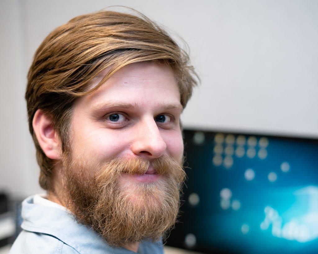 e.lective Leiter Dr. Viktor Schroeder